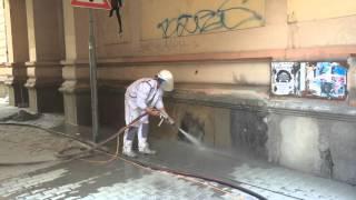 Pískování - odstranění graffiti