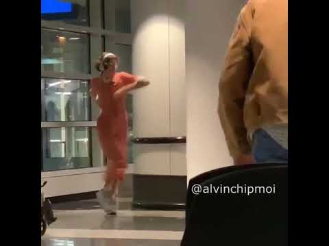 Smile Bomb Dancing Janitor