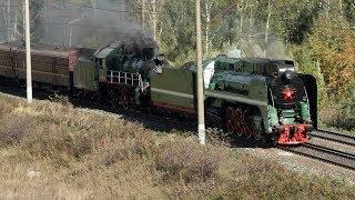 Паровозы П36 0120 и Су 213 58 с пассажирским поездом на станции Непецино Московской железной дороги