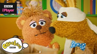 Shaking Your Head Song | Monty & Co | CBeebies