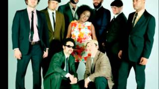 Sharon Jones and the Dap-Kings - How Long Do I Have To Wait For You (Ticklah Remix)