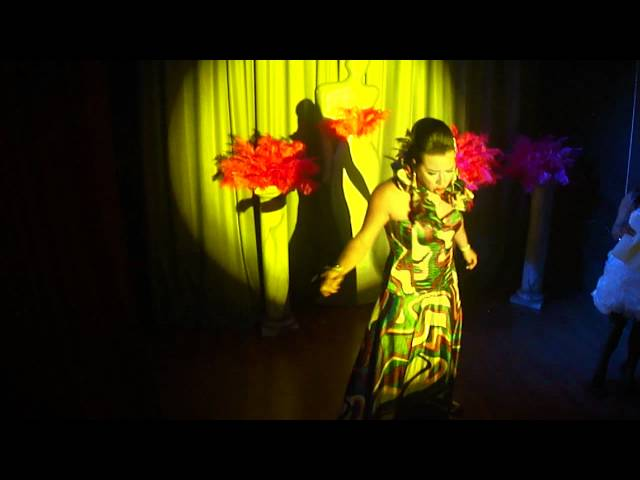 CLUB A2 JEANE ROSS SHOW NO MISS CARA DE BONECA 04.05.12 Travel Video