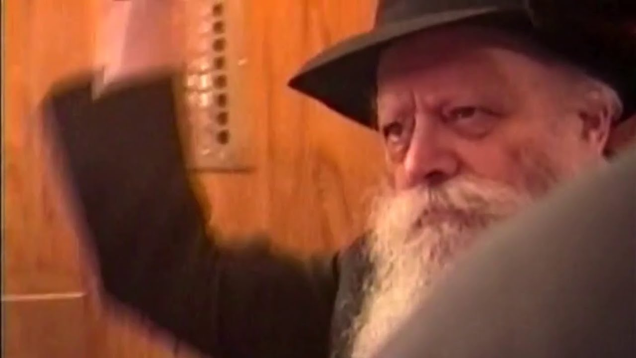 Purim Scenes with the Lubavitcher Rebbe: 5751