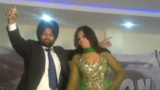 Funny Married Bhangra With Dancer