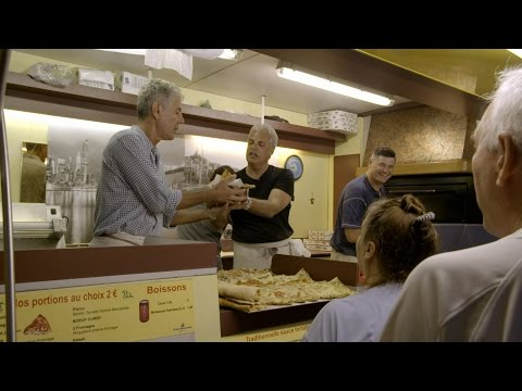 Marseille's Obsession With Pizza | ANTHONY BOURDAIN: PARTS UNKNOWN 6