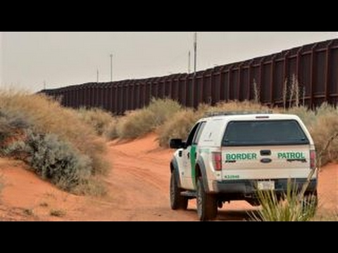 Ron Paul on border wall: Going to hinder American people as much as anybody
