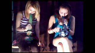Girls smoke 36 bong hits in 36 seconds