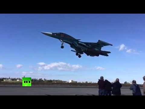 Slow Mo: Russian jets take off on anti-ISIS sorties in Latakia