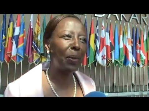 PORTRAIT - Qui est Louise Mushikiwabo, la favorite pour présider la Francophonie ?
