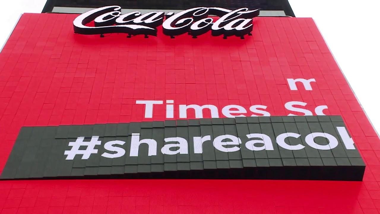 56b97d59 Historien om Coca-Cola billboards på Times Square : The Coca-Cola Company