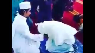 MUSLIM BRIDE TOUCHING HER HUSBAND FIRST TIME | BEST WHATSAPP STATUS