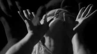 Смотреть клип Ellie Goulding - Tessellate