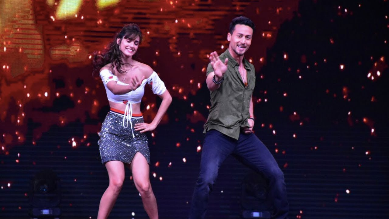 Download Tiger Shroff And Disha Patani Promote Baaghi 2 On The Sets Of Dance India Dance 3