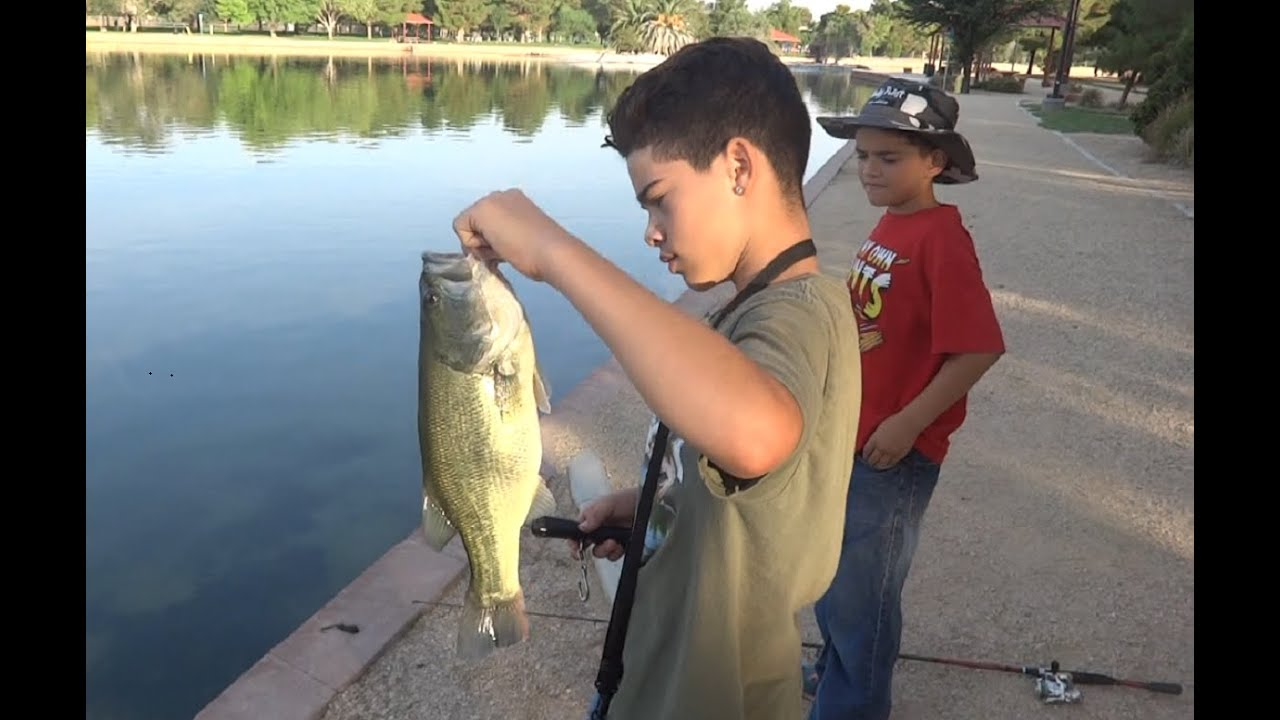 Bass fishing pond loaded with bass helps these kids for Buy bass fish for pond