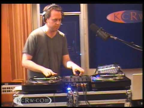 """Cut Chemist Live Mix  """"Gangsta""""  from the Tune-Yards"""