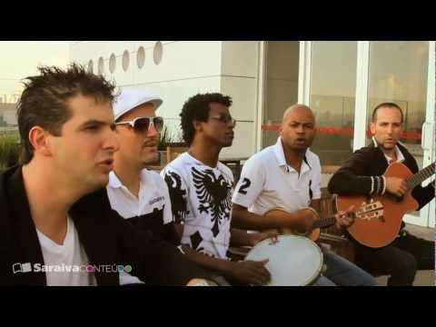 O samba pop tradicional do Quinteto em Branco e Preto