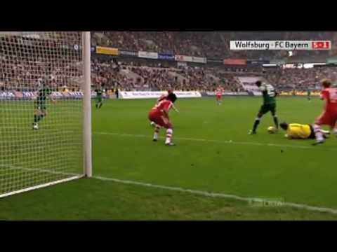 GRAFITE - against bayern munich 2009