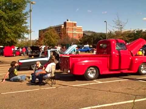 Mississippi State University EcoCAR attends the Tri-Car-Treat car show.