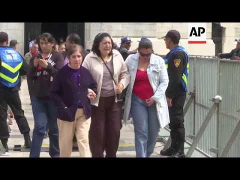 Fans pay final respects to Mexican singer Juan Gabriel