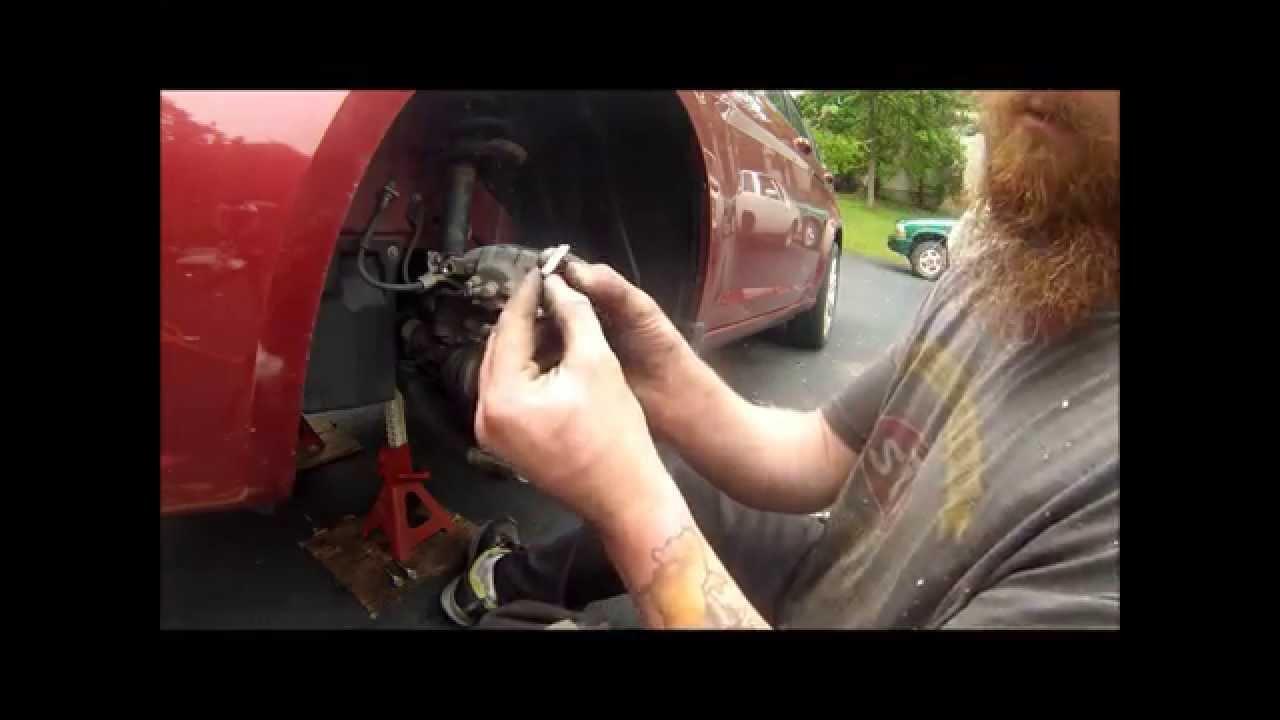 2012 chrysler 200 brake pads