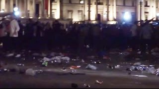 Thousands of Boro fans turn Trafalgar Square red (Huge mess in London)