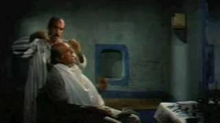 نجاح الموجي أول ممثل يجسد شخصية السادات على الشاشة.. فيديو