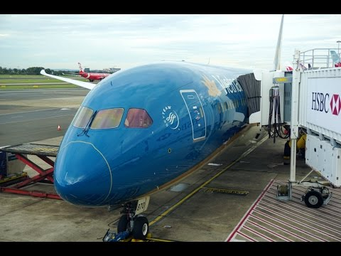 VIETNAM AIRLINES BOEING 787-9 BUSINESS CLASS (SYD-SGN)  SYDNEY - HO-CHI-MINH  REVIEW
