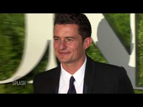 Katy Perry outbids fan for date with Orlando Bloom | Daily Celebrity News | Splash TV Mp3