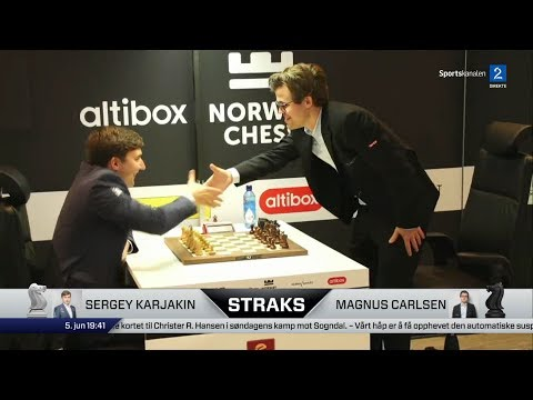 FUNNY MOMENT AND CRUSHING VICTORY!!! MAGNUS CARLSEN VS SERGEY KARJAKIN - BLITZ CHESS 2017 NORWAY