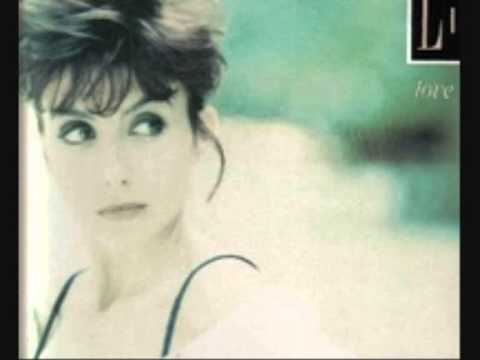 LIANE FOLY - Love me, love moi