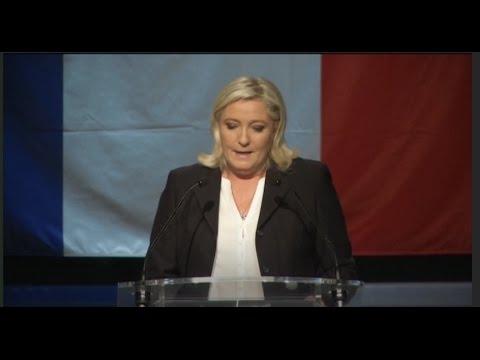 מנהיגת מפלגת החזית הלאומית בנאום לאחר יוודע תוצאות הבחירות האזוריות בצרפת  צילום רויטרס