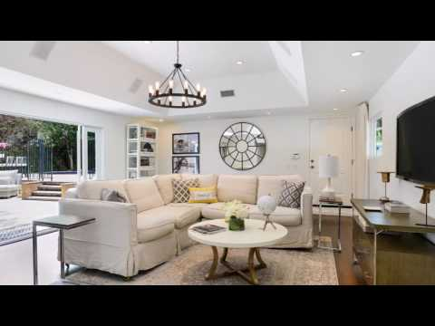 Los Angeles Home Staging Transformation by Chic By Design, LLC
