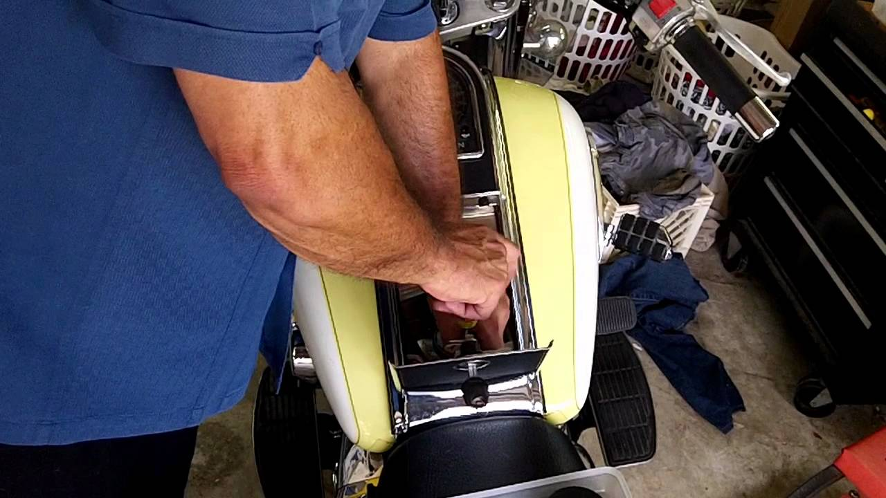 maxresdefault suzuki intruder 1500lc air filter check mov youtube  at bayanpartner.co