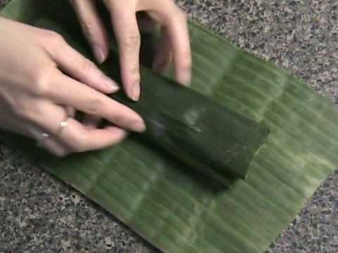 Khao Dome - Rice In Banana Leaves