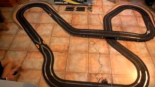 Scalextric Formula One (Williams v Honda).AVI