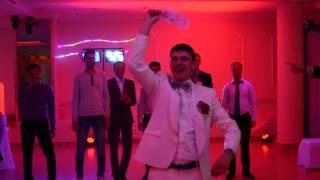 подвязка на свадьбе 4 08 2015 ресторан Амулет