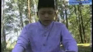 Qari Boy Indonesia (Surah Al Hujarat)