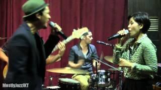 Maliq & D'essentials - Sampai Kapan ~ Dunia Sekitar @ Mostly Jazz 04/04/14 [HD]