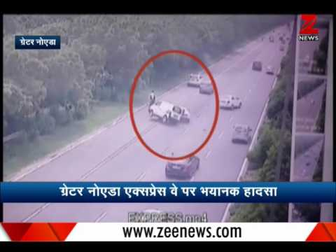 Fatal accident on Greater Noida Expressway, one killed