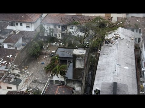 Brazil presidential candidate Campos dies in air crash