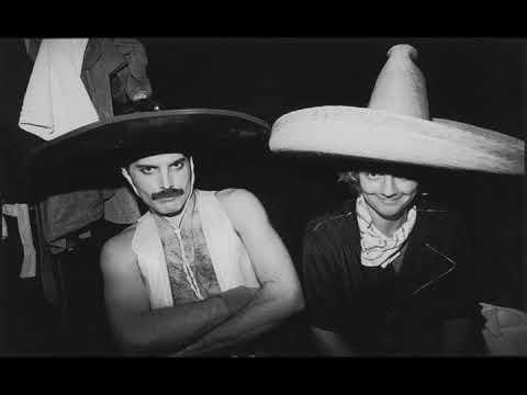 Mariachi + Freddie Mercury = Bohemian Rhapsody