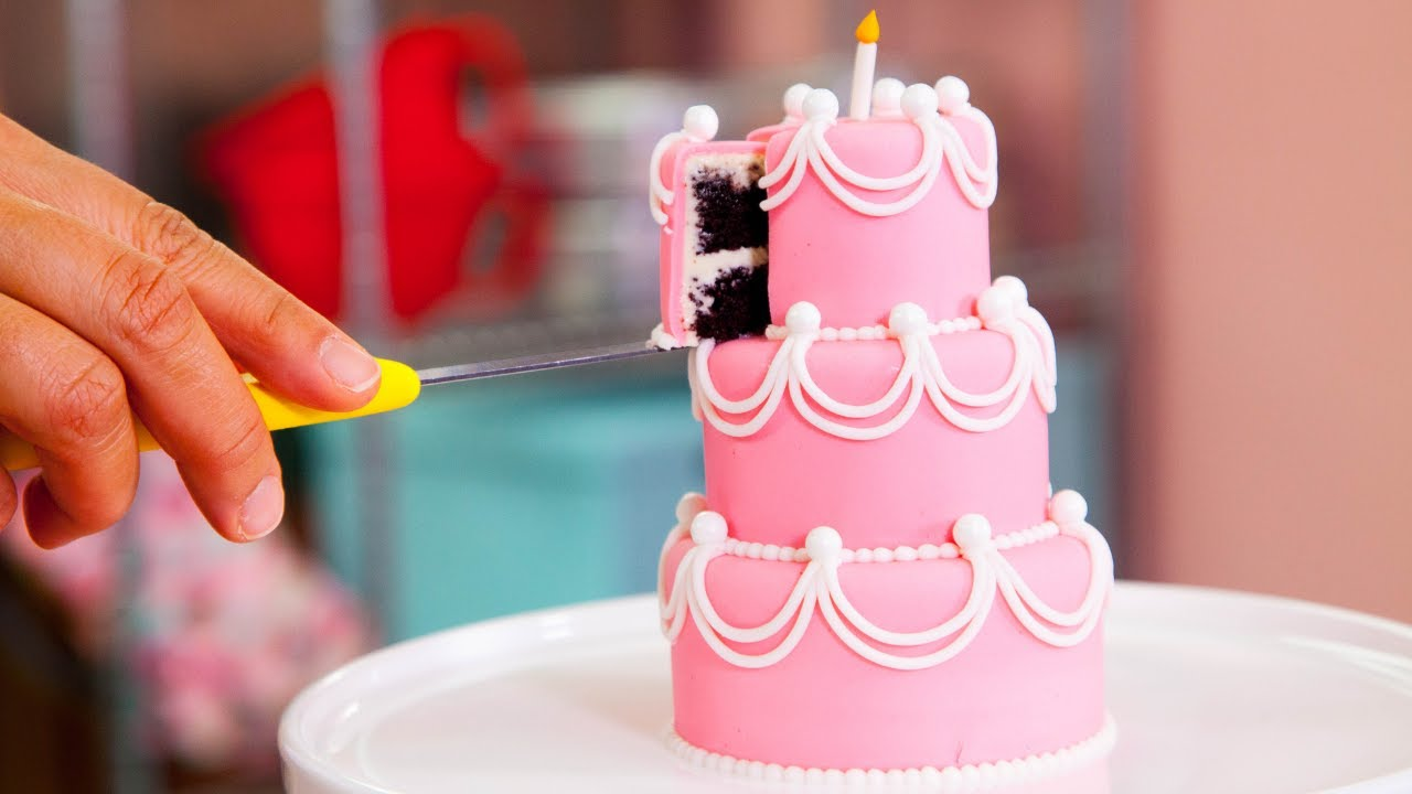 how-to-make-five-miniature-cakes-perfect-beginner-fondant-cake-yolanda-gampp-how-to-cake-it