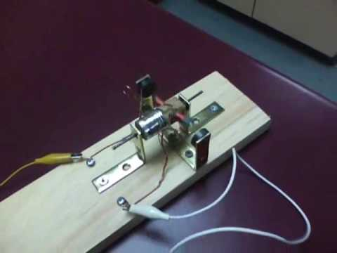 Simple Dc Electric Motor Youtube