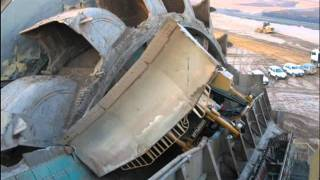 Repeat youtube video The Ultimate Earth Mover Accident D8r Caterpillar