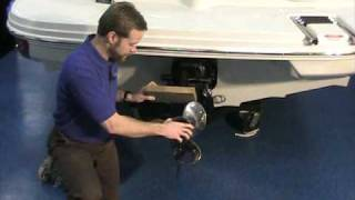 Propeller Replacement - How to change your Propeller by Peters Marine Service