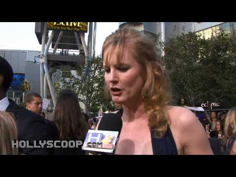 Melissa Rosenberg on Bella's Giving Birth (Breaking Dawn)  / 'The Twilight Saga: Eclipse' Premiere