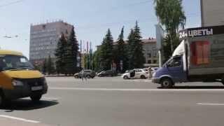 Идем к самому центру Брянска(Пешком по центру города. Подходим к площади Ленина - сердце Брянска. Слева на площади здание Брянской област..., 2015-09-06T15:15:37.000Z)