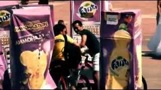 Fanta Sampling(Семплинг нового вкуса Fanta Lemonade. Невозможно не попробовать, когда угощает сам автомат с напитками., 2015-03-17T10:03:55.000Z)