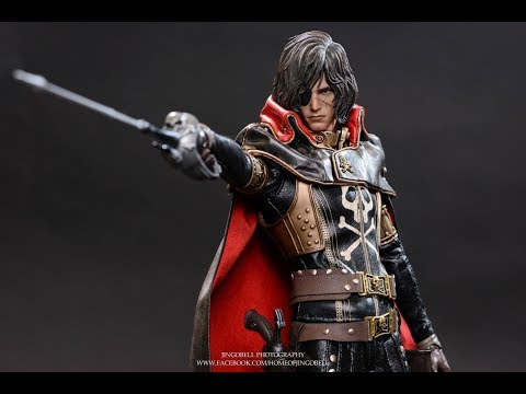 Hot Toys Space Pirate Captain Harlock with Throne of Arcadia MMS223