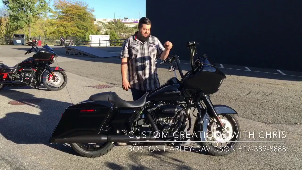 2018 Road Glide Special with 17 Inch Carlini Handle Bars